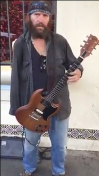Watch This One-Armed Guitarist Shred [VIDEO]