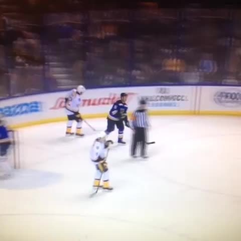 Porn audio plays in the background of Predators game [VIDEO]