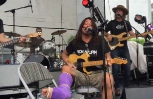 Dave Jams With Pearl Jam and Blind Melon Members Over The Weekend at Biker Rally [VIDEO]